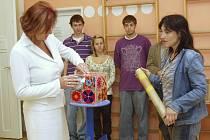 Studenti Evropské obchodní pomáhají Slunečnici