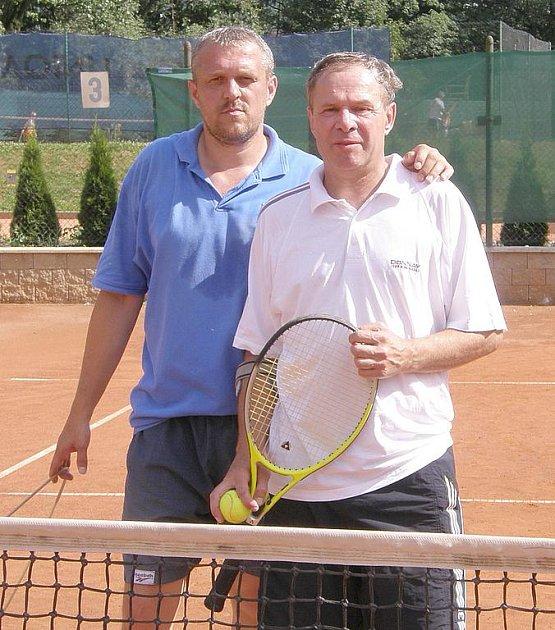 Vítězná dvojice Šmucr - Ledvina.