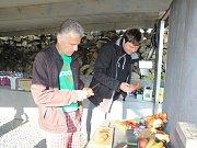 Samoobslužný luční bar lidé najdou v malebné vesničce Kamenná Horka.