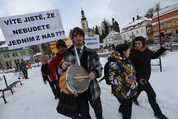Miloš Zeman vKrásné Lípě.