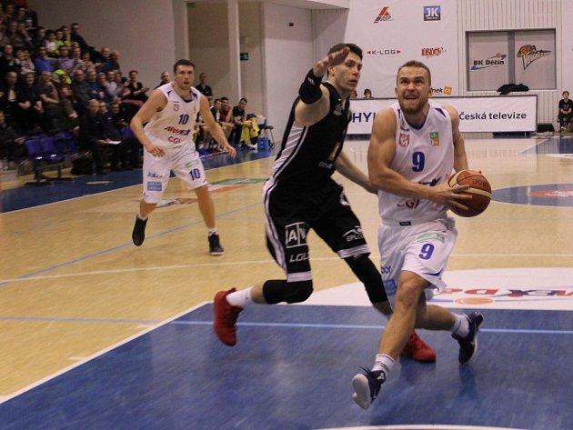 Ve druhém kole nadstavby basketbalové ligy přivítal Děčín mistrovský Nymburk.