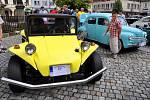 Sobotní dopoledne ve Šluknově na náměstí patřilo všem příznivcům historických vozidel.