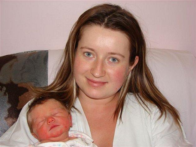 Daně Buruškové z Chřibské se 12. ledna v rumburské porodnici narodil syn Lukáš Kotrc. Měřil 49 cm a vážil 2,90 kg.