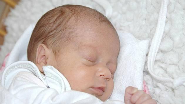 Žanetě Moravcové z Vansdorfu se v ústecké porodnici 20. července v 9.21 hodin narodila dcera Eliška. Měřila 40 cm a vážila 1,49 kg.