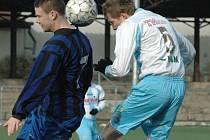 PARÁDA! Junior Děčín (světlé dresy) doma porazil 3:1 Horní Jiřetín.
