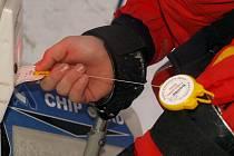 Koupí skizipu mohou návštěvníci lyžařského areálu v Horním Podluží podpořit činnost občanského sdružení Bolíto