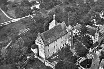 Horní zámek v Benešově nad Ploučnicí.