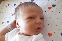 Mamince Martině Benešové z Děčína se 26. června v 15.16 narodil v děčínské nemocnici syn Michálek Beneš. Měřil 50 cm a vážil 3,32 kg.