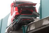 Hromadná dopravní nehoda na dálnici D8 - Petrovice
