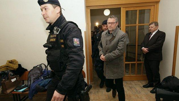 Soud poslal starostu Varnsdorfu Stanislava Horáčka kvůli radarům do vazby