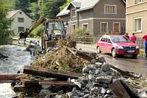 Velké škody napáchala povodeň také v Heřmanově.