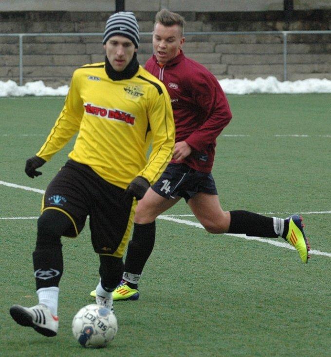 REMÍZA. Junior Děčín (ve žlutém) remizoval 1:1 s Doksy.
