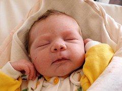 Heleně Frolíkové z Varnsdorfu Studánka se 3.května v 1.20 v rumburské porodnici narodil syn Jan Mrázek. Měřil 51cm a vážil 3,91 kg.