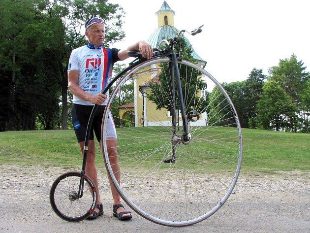 Ve dnech 28. června až 20. července 2008 projede napříč repiblikou peloton v čele s velocipedistou Josef Zimovčákem. Dvaapadesátiletým devítinásobným mistrem světa v jízdě na vysokém kole, který mimo jiné projel za 28 dnů napříč severní Amerikou (4356 km)