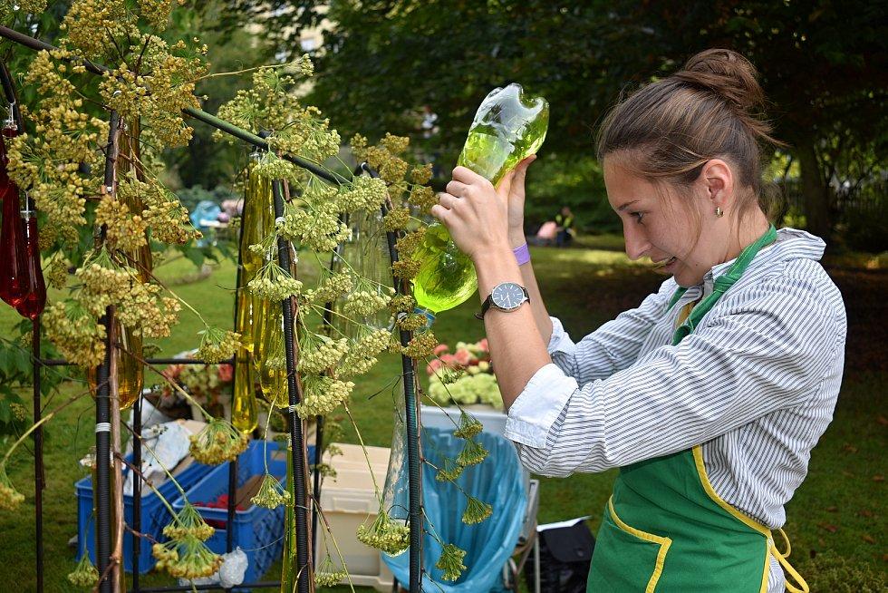 V Děčíně si dali sraz nejlepší floristé, utkali se na Děčínské kotvě o titul mezinárodního mistra republiky.