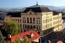 Pohled na budovu Masarykova gymnázia, Příbor, příspěvková organizace