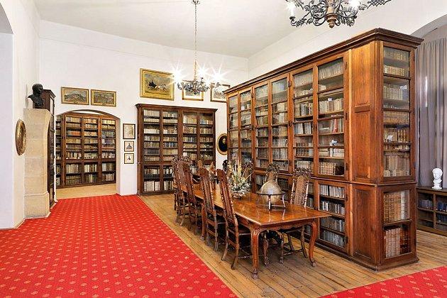 Křivoklát knihovna