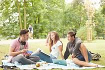Ostravská univerzita: Za každou přihlášku zasadíme strom