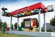 Autobusová zastávka u továrny LEGO