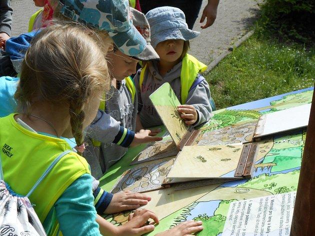 Děti z integrační školičky vyrazily na školu v přírodě