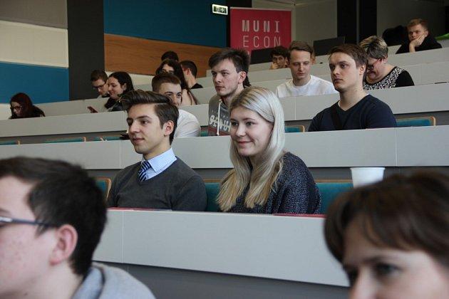 Ve středu 29. ledna se na půdě Obchodně podnikatelské fakulty v Karviné konalo krajské kolo IV. ročníku Ekonomické olympiády pro Moravskoslezský kraj.