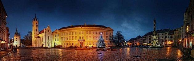 Teplice - Zámecké náměstí