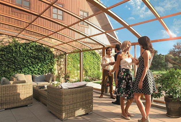 Uspořádejte na zastřešené terase večírek spřáteli