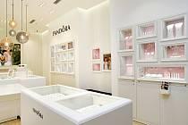 Nový concept store Pandora v OC Nisa Liberec