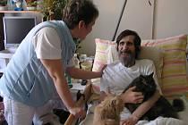 Hospic umožňuje lidem strávit poslední chvíle života v jejich domácím prostředí, v kruhu blízkých.