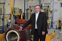 Frenštátský Siemens nabírá okolo dvaceti kolegů do výroby. O jaké se jedná, upřesňuje šéf výroby Miroslav Štefek.