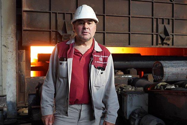 Provozem nás provedl Luděk Slapnička, vedoucí střediska příprava a výroba.