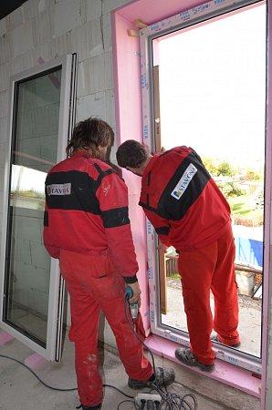 Výroba plastových oken ijejich montáž podléhá přísným pravidlům.