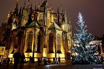 Pražský hrad s vánoční výzdobou