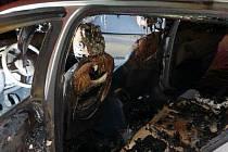 Zničené auto chomutovského náměstka primátora.