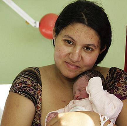 Antonie Nataša Bílá se narodila matce Boženě Bílé z Chomutova.