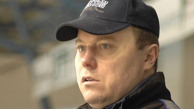 Trenér Martin Pešout.