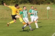 BaníkBřezenecká - FK Jirkov/Kyjice (ve žlutém) 2 : 4