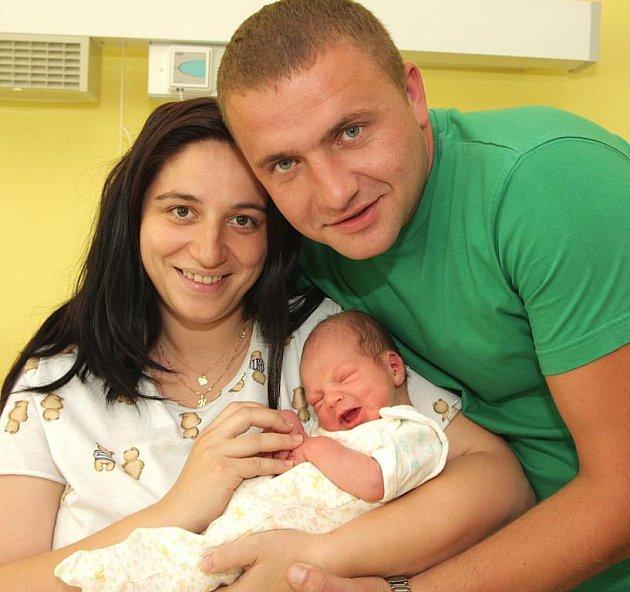 Mamince Haně Kóňové a tatínkovi Serhyimu Tymchukovi z Kadaně se 17.8. 2009 ve 22.05 hodin narodil syn Artur Tymčuk. Chlapeček měří 50 centimetrů a váží 3,20 kilogramů.