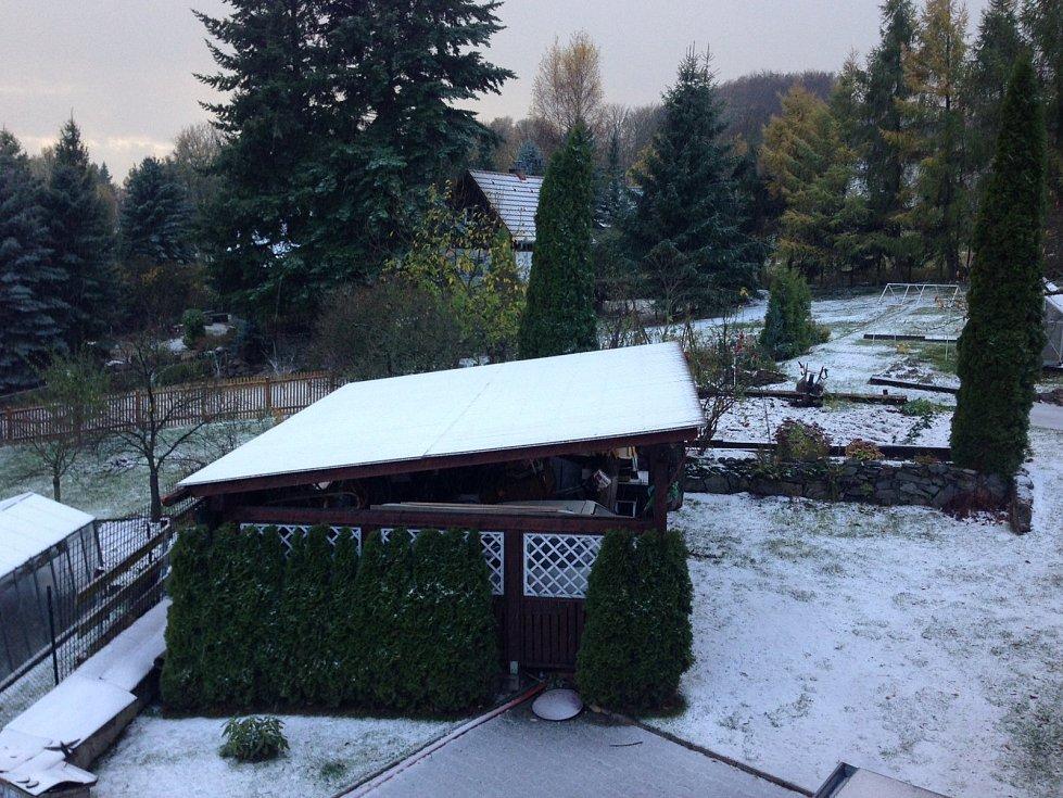 Pyšná je pod sněhem.