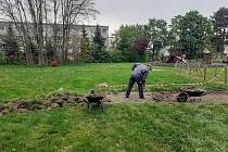 V Jirkově zahájili realizaci zatím nedokončeného projektu participativního rozpočtu - Stezku bosou nohou