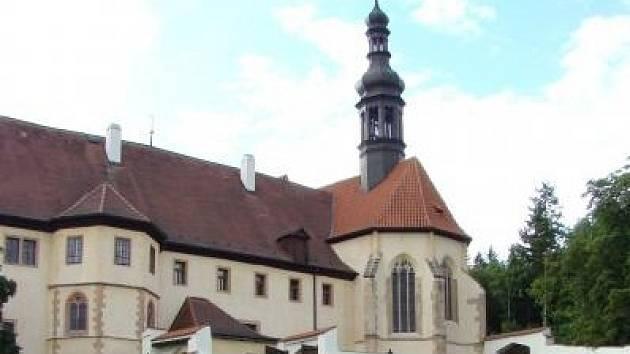 Františkánský klášter v Kadani.