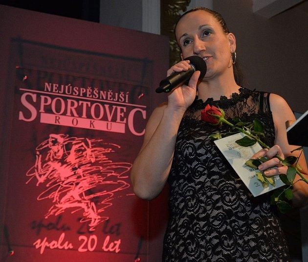 Atletka Jana Hyjánková zTJ VTŽ Chomutov získala cenu vkategorii Masters.