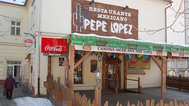 Restaurace stojí v centru města a patří k oblíbeným.