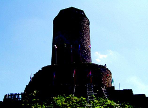 Zřícenina hradu Hasištejn.