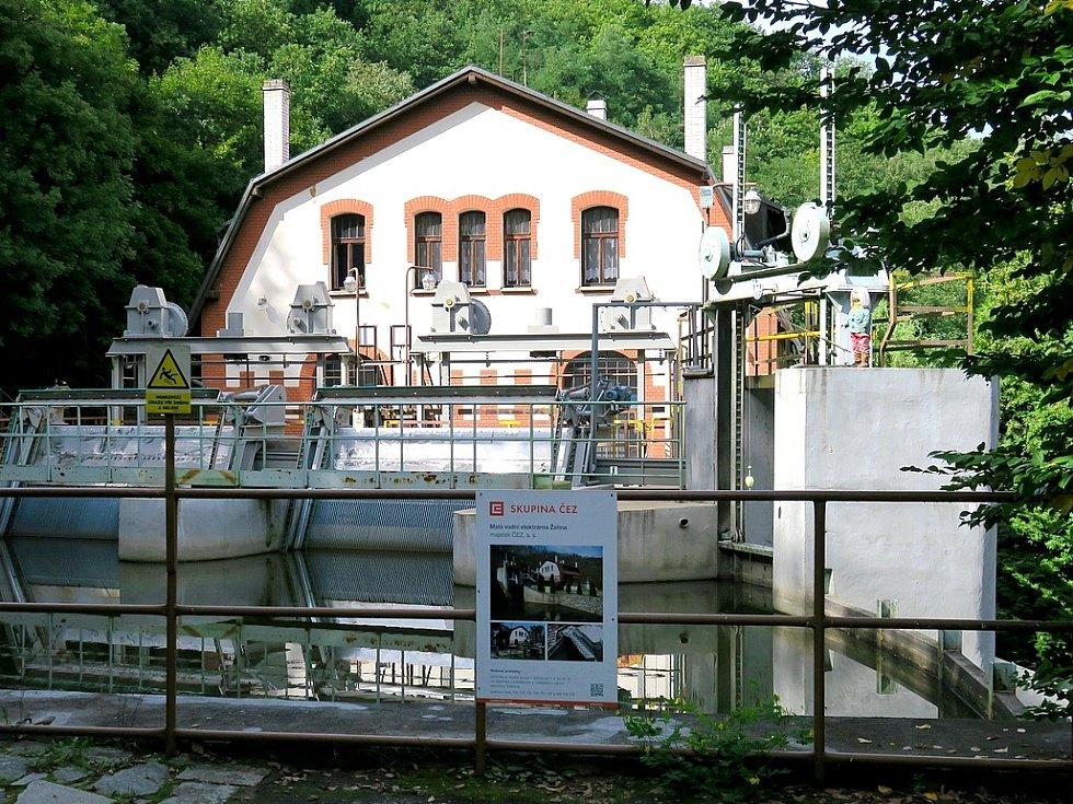 Malá vodní elektrárna Želina.