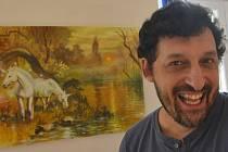 V jirkovské galerii vystavuje výtvarník Milan Tóth se svými žáky.