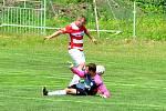 Spořický gólman Milan Hanuš (na snímku), měl během prvního poločasu v utkání s Ervěnicemi plné ruce práce. Během první půl hodiny lovil třikrát míč ze své sítě.