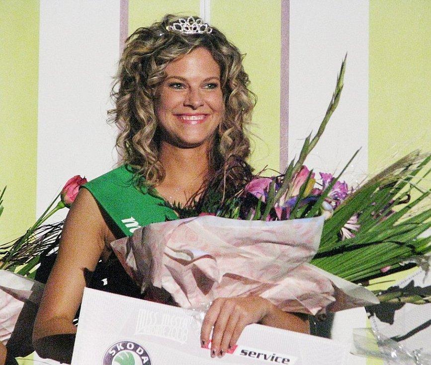 Miss Kadaně 2008 se stala Jana Vinopalová.