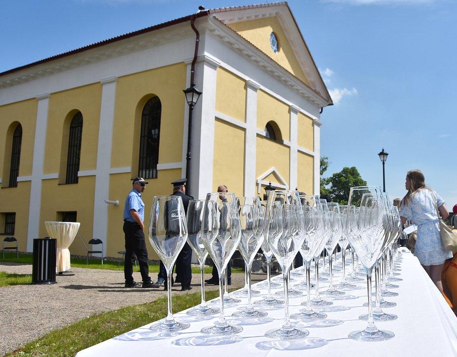 V Jirkově slavnostně otevřeli zrekonstruovanou synagogu. Sloužit bude jako kulturní a společenské centrum.