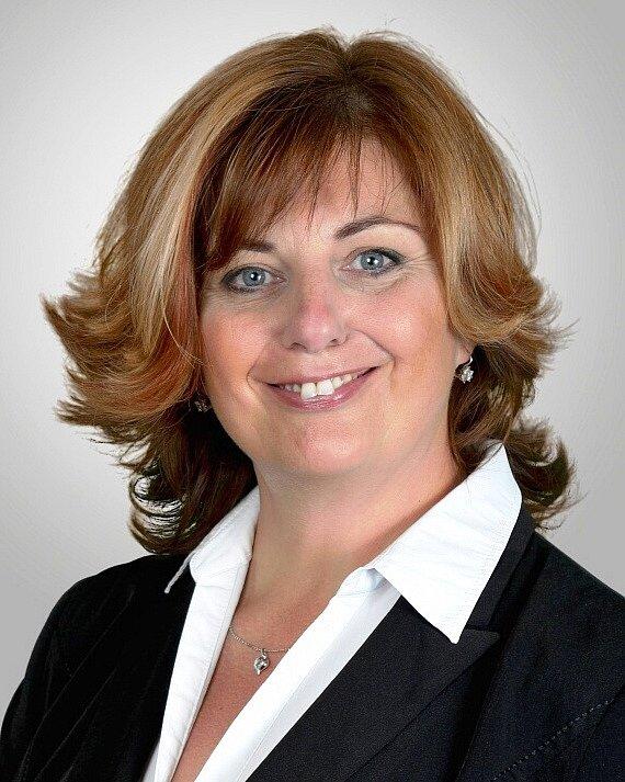 Kateřina Mazánková - PRO Sport a Zdraví, 44 let, starostka.